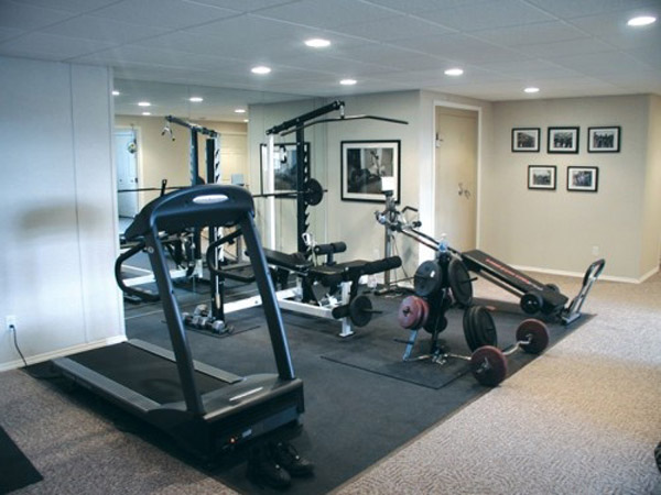 Great idea using the basement for a garage gym - or basement gym