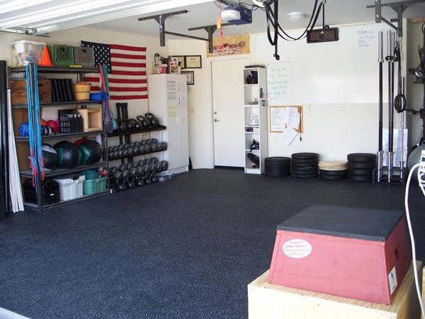Very organized garage gym - nice space