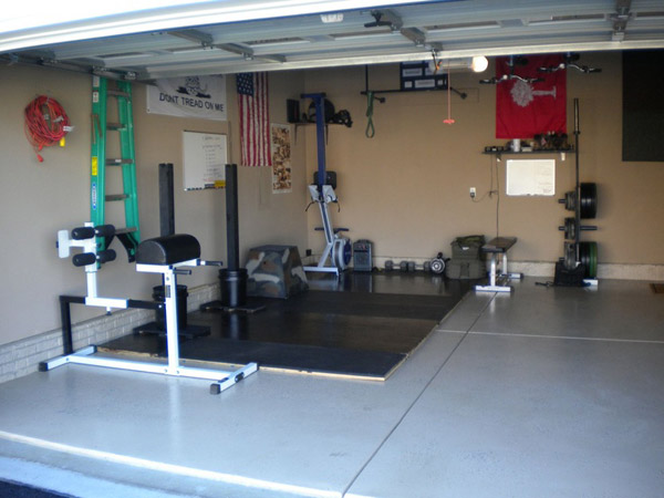 GHD equipped garage gym. Very nice