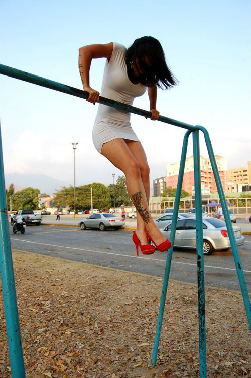 Muscle Up in a Dress #muscleup #dedication #restday