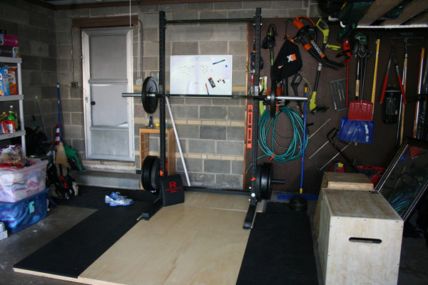 A great example of an organized garage gym.