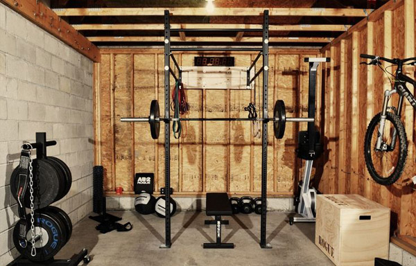 the infamous rogue equipped garage gym