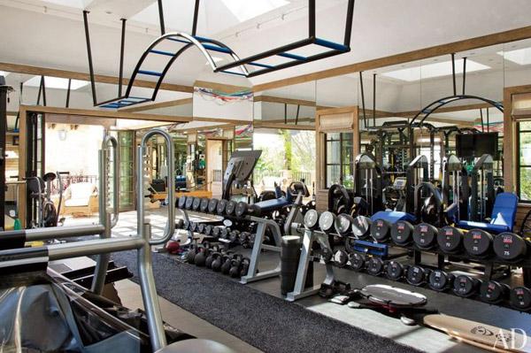 Tom Brady's super sweet personal gym