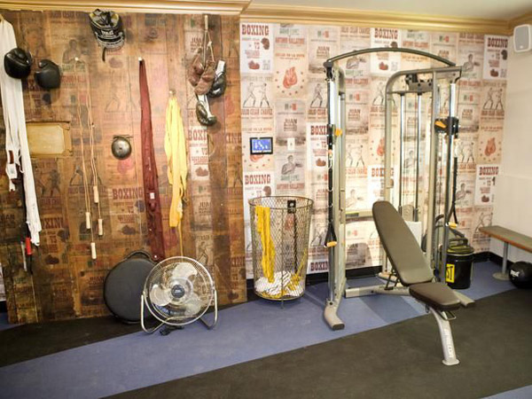 Garage gym wall color : Inspirational garage gyms ideas gallery pg