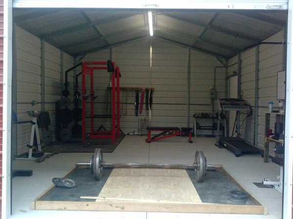 Dedicated iron shed gym - DIY platform even