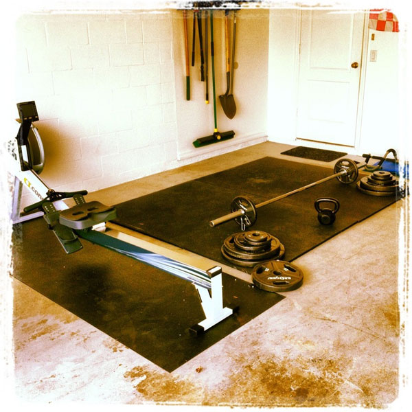 Except for perhaps some squat stands, this is all the gym you need to get big #garagegym