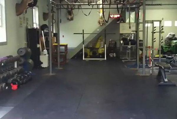 I'm not exactly sure what this rack is, but I have a feeling it's one of those resistance bands attachment frames. Kind of cool if it is. Takes up lots of space though