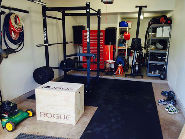 Garage gym, still need to make space for the tools and lawn mower #gymlife