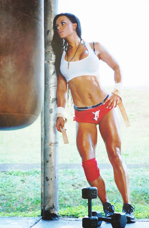 Sweaty sexy Crossfit chick fitness motivation #crossfitchicks