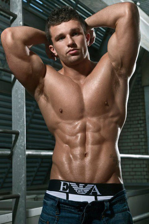 "Random ""Gains Hunk"" of the day for motivation #gains #hunk"