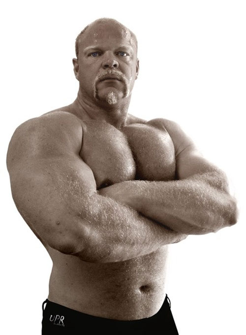 There's strong, then there's Strongman #huge #strongman