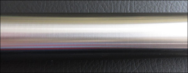 Zoom in - Stainless steel shaft