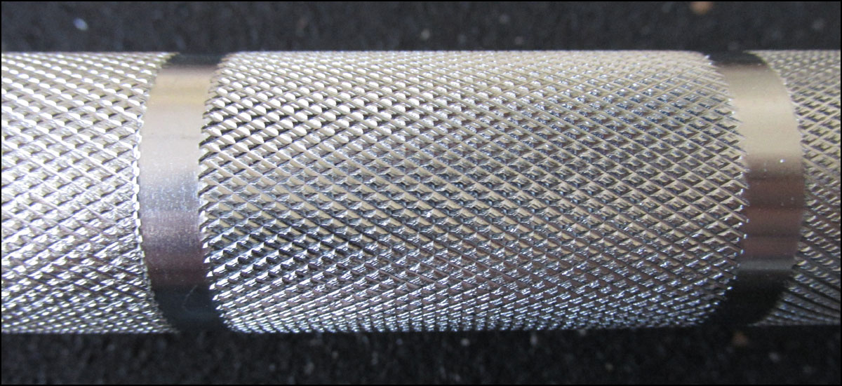 Close up of the Team Bar's knurling - very soft stuff