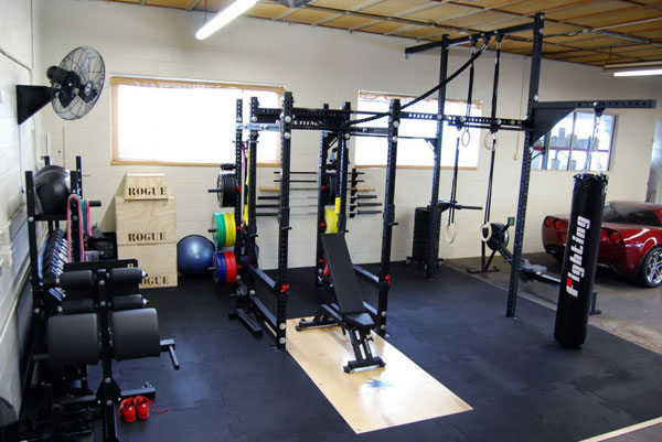 Huge Garage Gym - Complete with both rack and rigging, GHD, dumbbells, and pretty much everything