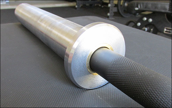 The Vulcan Curl Bar is a bushing-based bar with one additional bearing per sleeve
