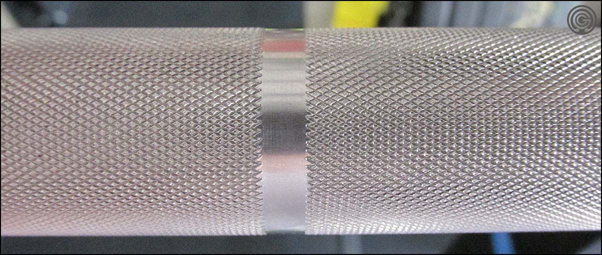 Elite Power Bar - knurling detail