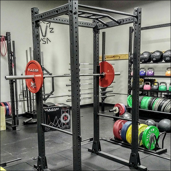 All you need for a big powerlifting garage gym