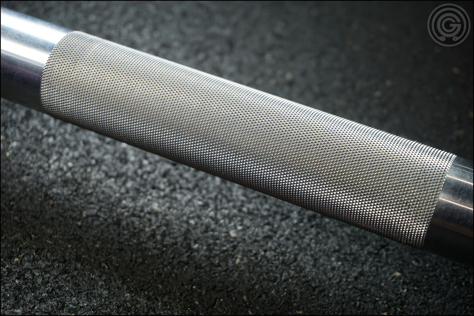 Knurling Gallery - American Barbell Grizzly Power Bar (center knurling)