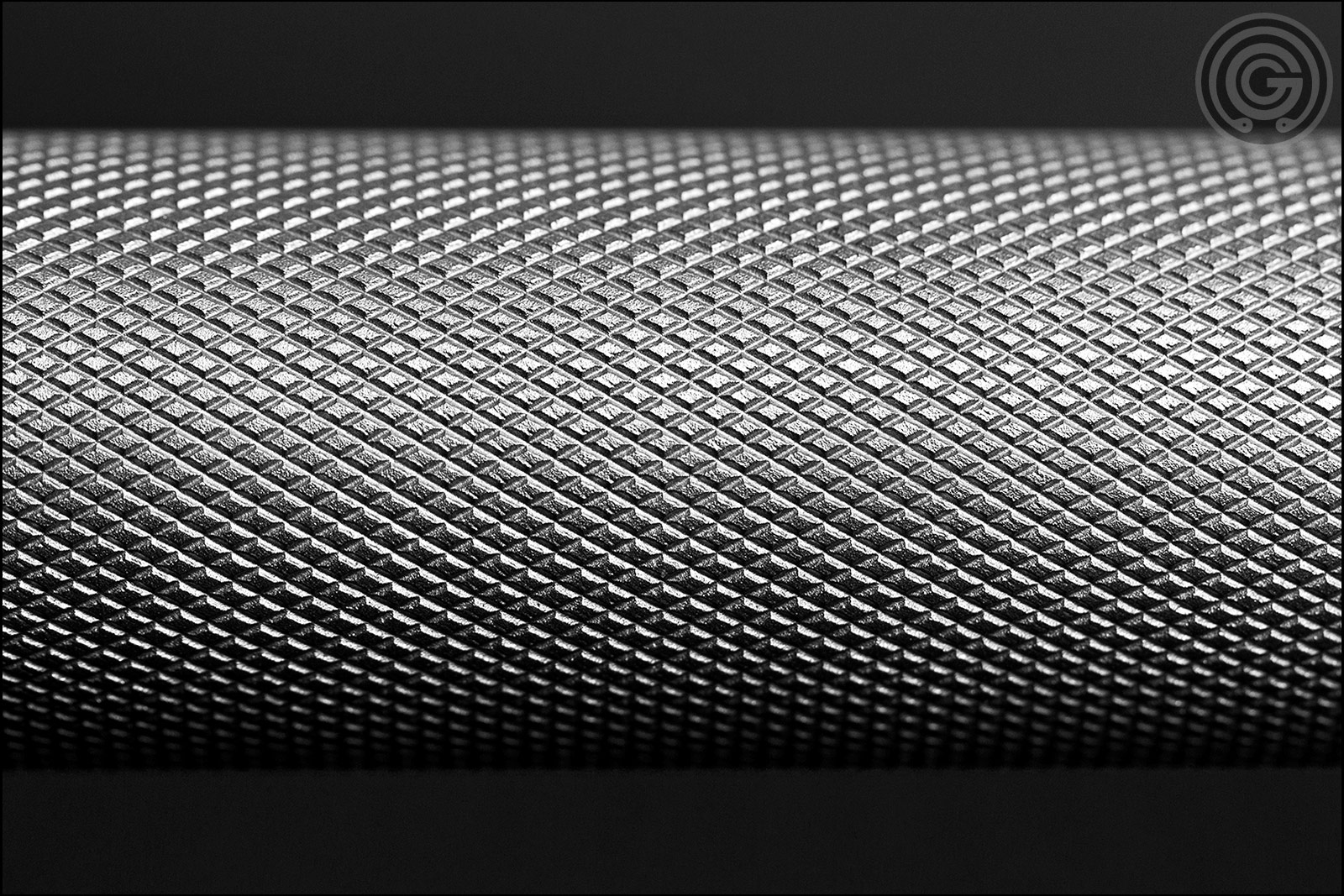 Knurling Gallery - FringeSport Wonder Bar V2 Outer Knurl Alternate Image