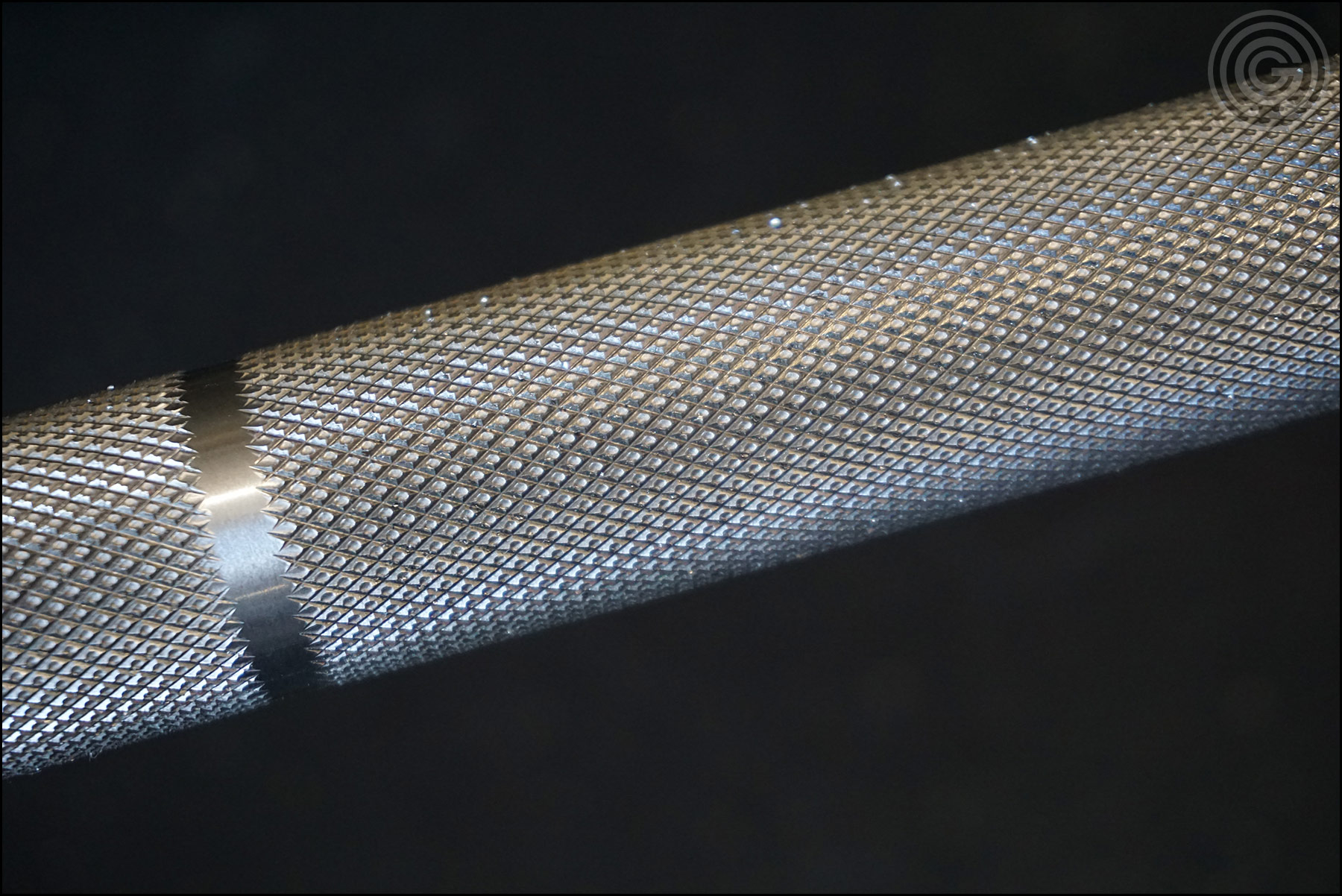 Knurling Gallery - Rogue Ohio Power Bar outer knurling
