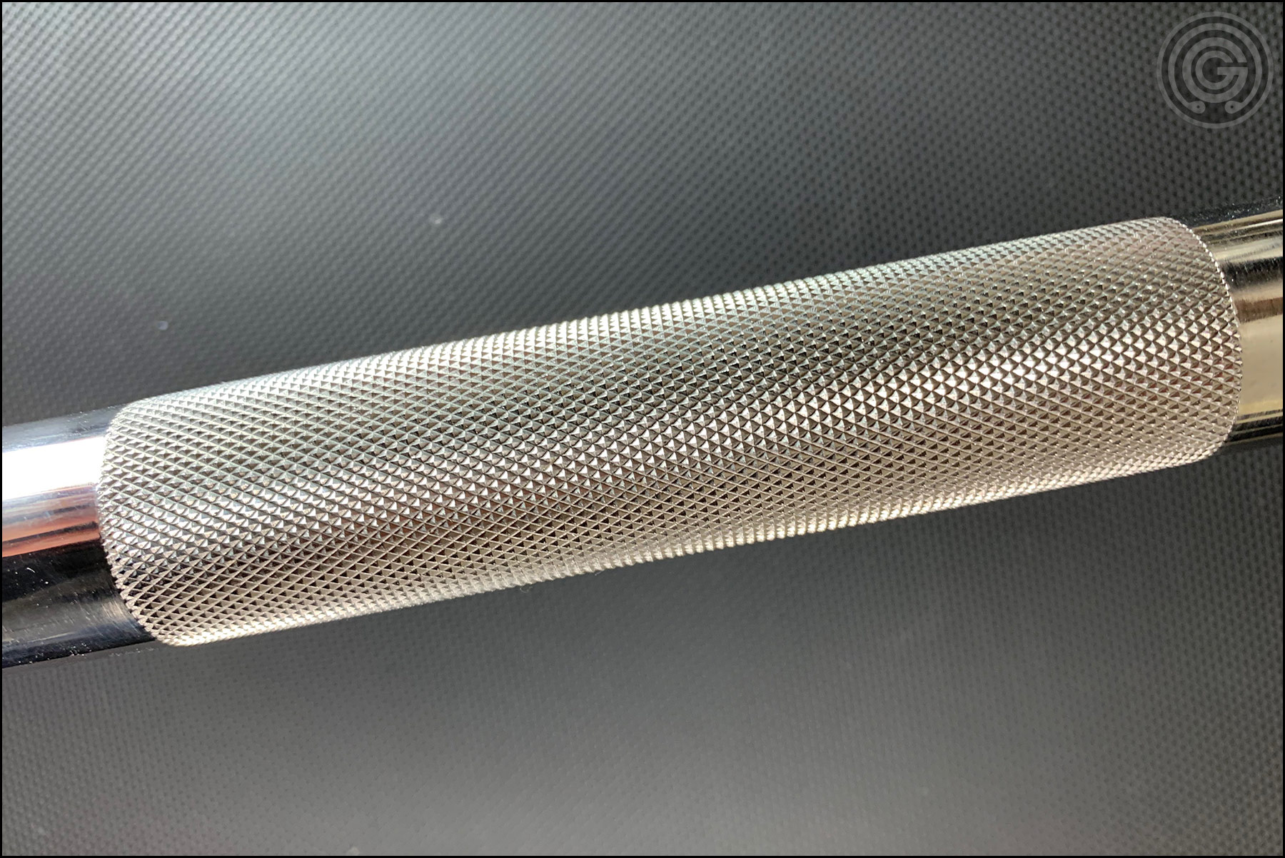 Vulcan Absolute Power Bar V2 (stainless steel variant) Center Knurling