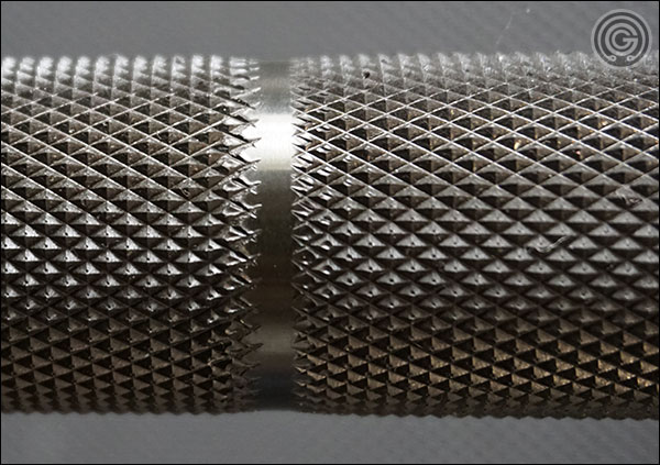Vulcan Elite Power Bar V2 knurling close-up