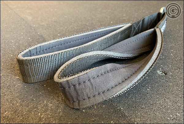 The stitched-in neoprene lining of the Rogue Tricep Strap