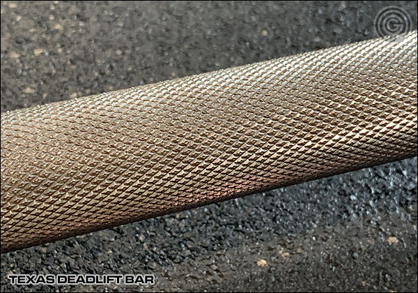 Close up - Texas Deadlift Bar Knurling