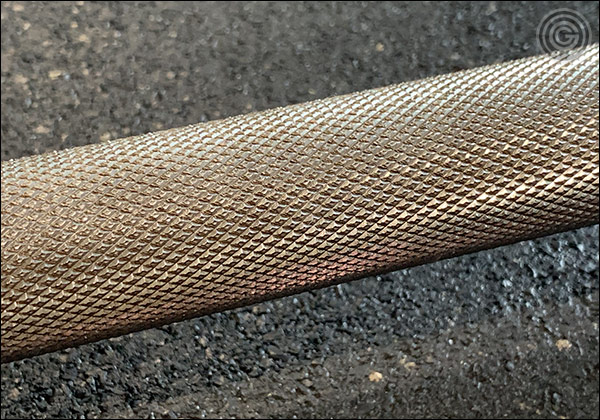 Close up of the Buddy Capps Texas Deadlift Bar Knurling