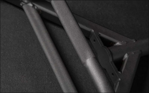 Rogue TB-2 Trap Bar - knurling and finish detail