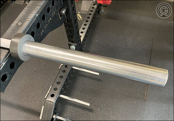 The chrome sleeves of the Hybrid Bar. You can see the contrast from the matte chrome shaft to the shiny chrome sleeves. It's a very pretty barbell.